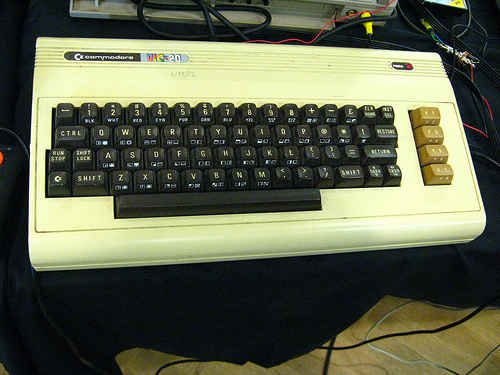 Comodore Vic-20 by liftarn